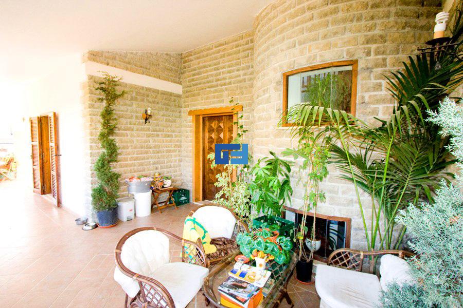 Villa manziana vendita gefes immobiliare for Progetti per la casa in vendita