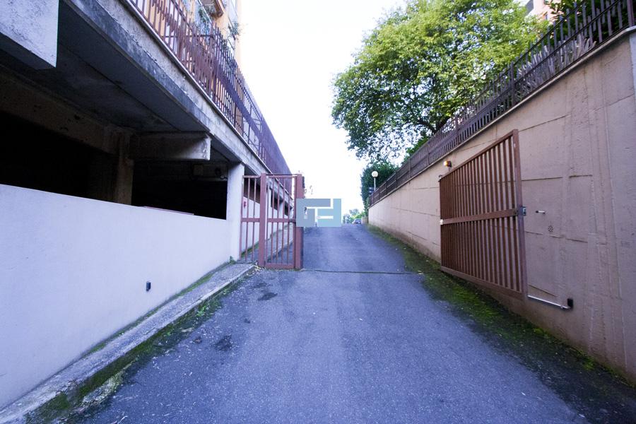 Appartamento roma eur grotta perfetta affitto for Ufficio in affitto roma eur